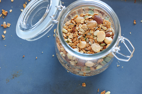Kitchen Witchery: Homemade Granola by The Witch of Howling Creek